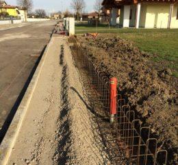 Lottizzazione con posa betonelle e varie fondazioni di recinzione Foto_005