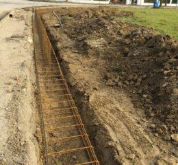 Lottizzazione con posa betonelle e varie fondazioni di recinzione Foto_014